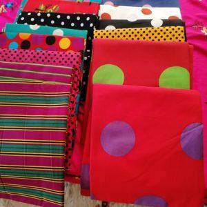 ملابس بألوان زاهية مبهجة من بيتنا الجديم